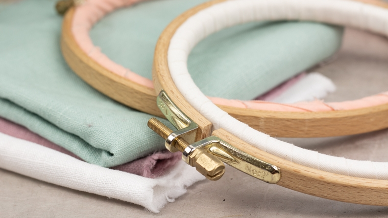 le matériel de la brodeuse : le tambour à broder