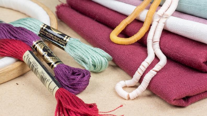 le matériel de la brodeuse : les fournitures